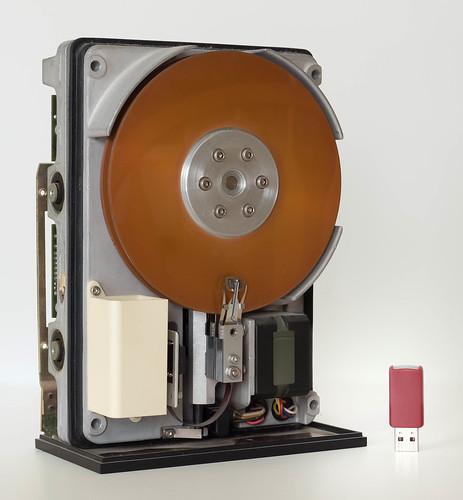 Miniscribe 2012 10 MB hard drive