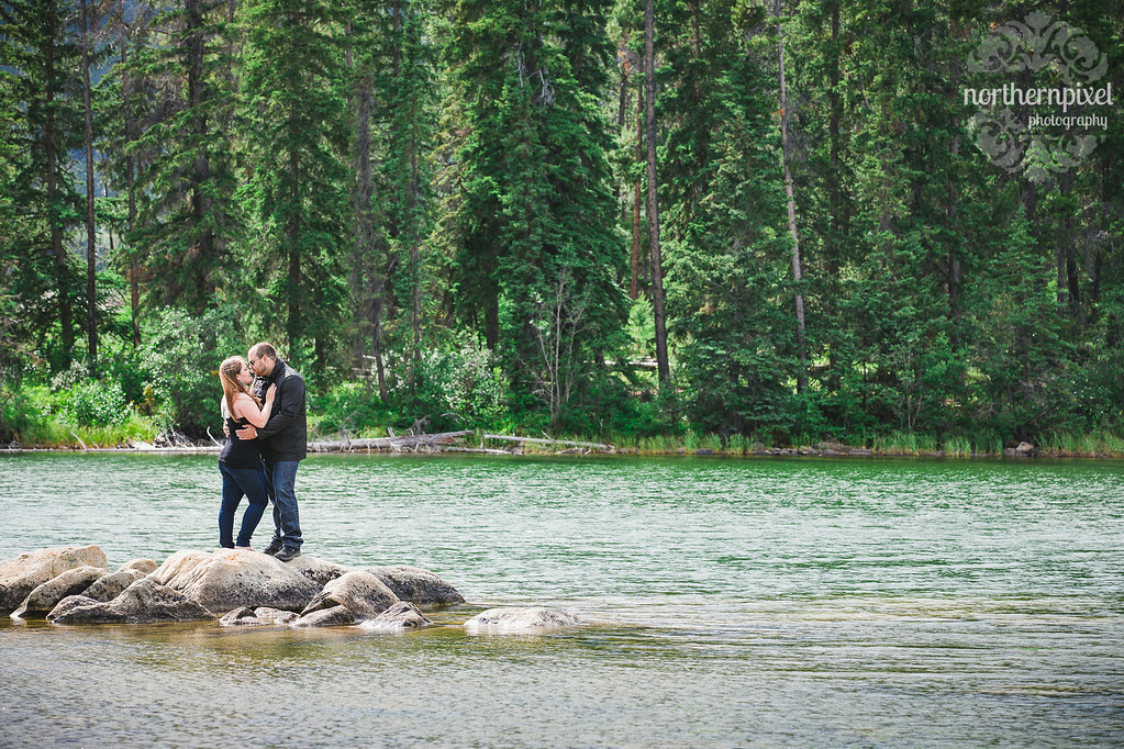 Pyramid Lake Engagement Session Jasper Alberta