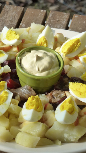 Rossolye - Red beet salad with potato, herring and egg