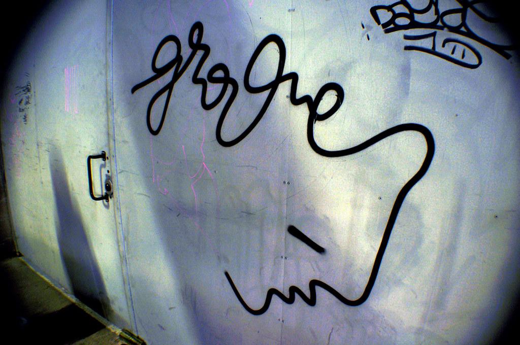 Groove 6