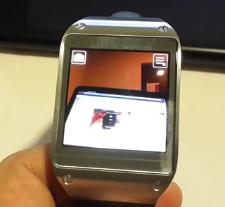 User Interface กล้องของ Samsung Galaxy Gear