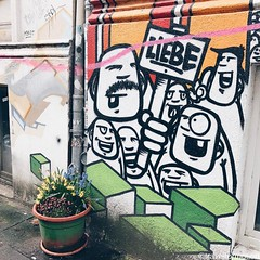 #streetart #life #hamburg #vsco #vscocam #goodmorning #whpgoodmorning #wanderlust #hamburg_de #ahoihamburg #igershamburg #visithamburg #explorehamburg #traumstadt #speicherstadt #igershh #welovehh #igersgermany #germany #travel #guardiantravelsnaps