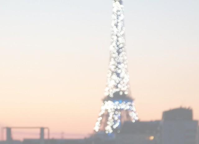 EiffelBlur