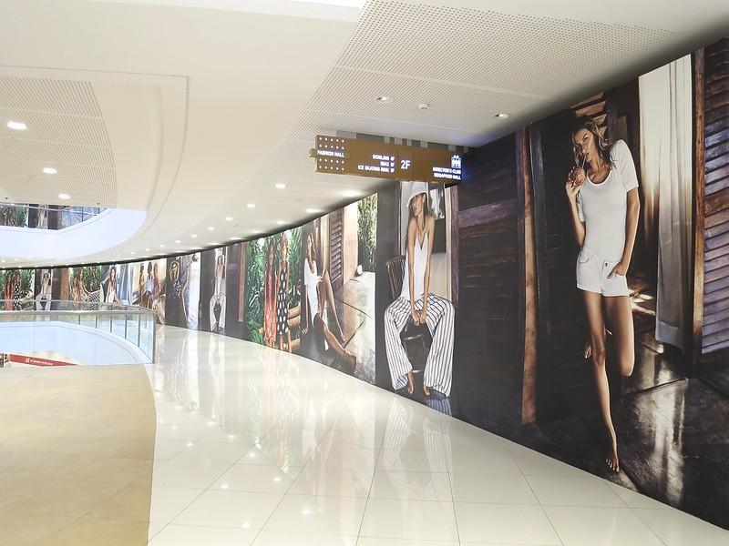 H&M at SM Fashion Hall