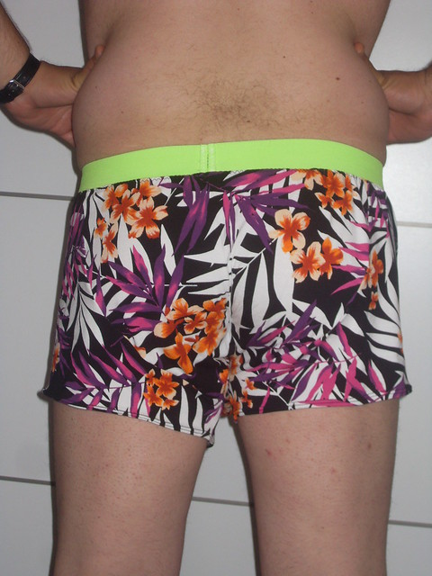 Oonapalooza comox trunks back