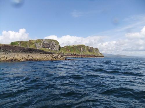 Sgeir Beul Na H-Uamhaidh with Insh Island behind