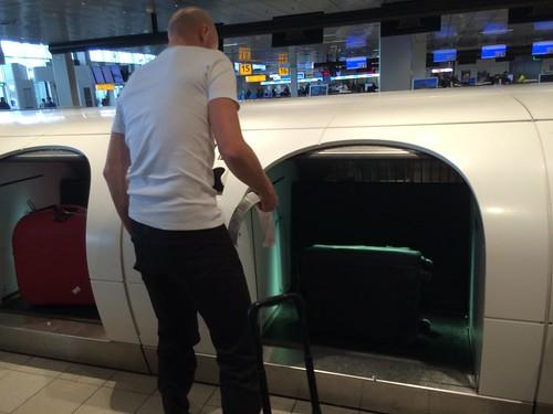 [旅遊] NOTE: 歐洲失心瘋狂刷爆買行李超量的航空公司選擇 @ 花主婦的生活出奇蛋 :: 痞客邦