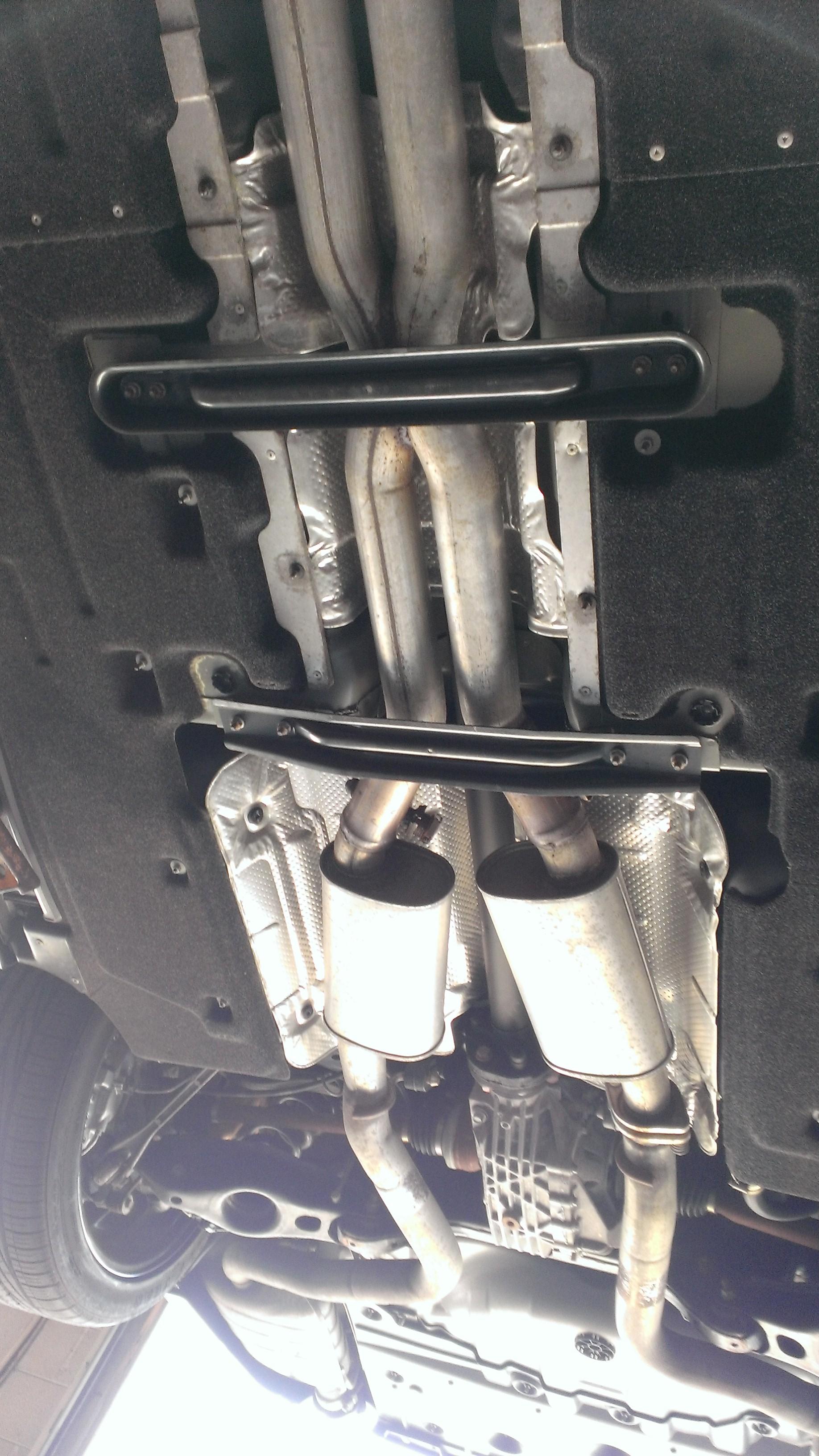 stock exhaust here chrysler 300c
