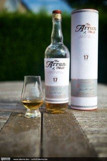 The Arran 17 Years Old ... de fles, de koker, en een proevertje :-)