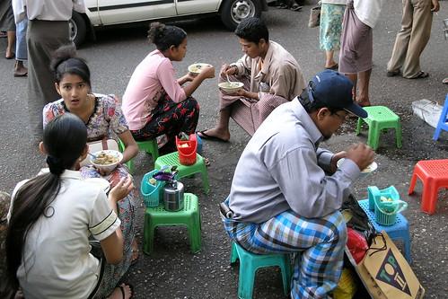 Myanmar - Yangon - Street Life - 7