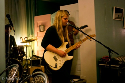 Samantha Savage Smith @ Raw Sugar Cafe