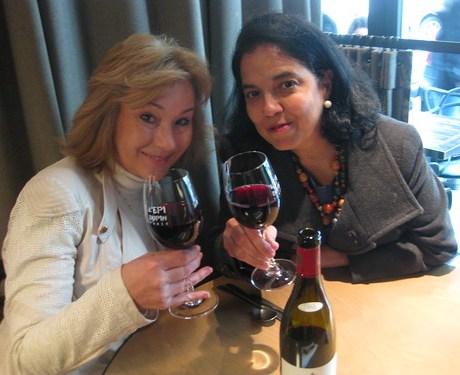 Maria Eugenia Pinaud y María Luisa Rios en Epi Dupin