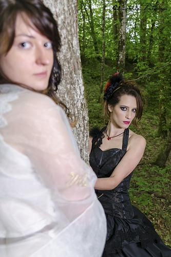 Flora & Tiphanie, double regards
