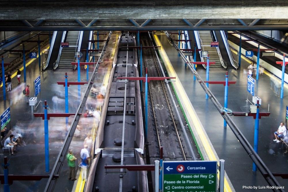 Entrando y saliendo rápido del metro