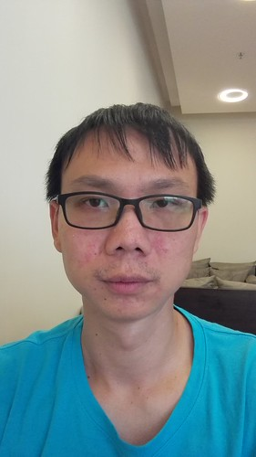 Selfie แบบปกติ ด้วย Huawei Ascend P7