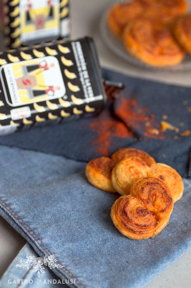 Palmeritas con pimentón y parmesano