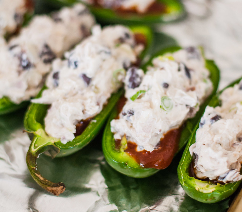 BBQ black bean jalapeno poppers   #vegetarian and #glutenfree game day appetizer