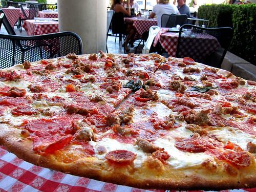 Kids Friendly Restaurants in Las Vegas- Grimaldi's Pizzeria