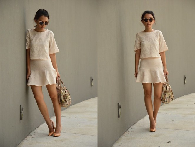 matching coordinates clothing fashion, nude heels, floral bag, neutral outfit
