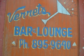 622 Verret's Bar & Lounge
