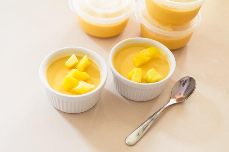 mango pudding tub spoon