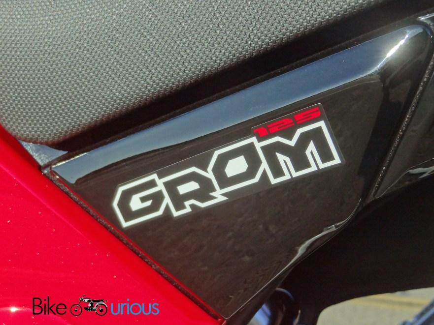 Honda Grom - Sidecover