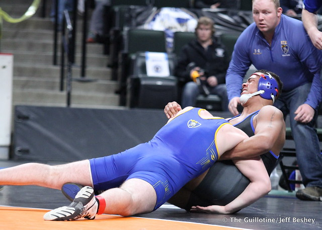 220AAA - 3rd Place Match - Evan Foster (St Michael-Albertville) 41-5 won in sudden victory - 1 over Jackson Schichel (Hastings) 39-6 (SV-1 3-1)
