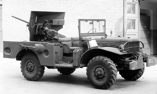 1940s Dodge Weapons Carrier b