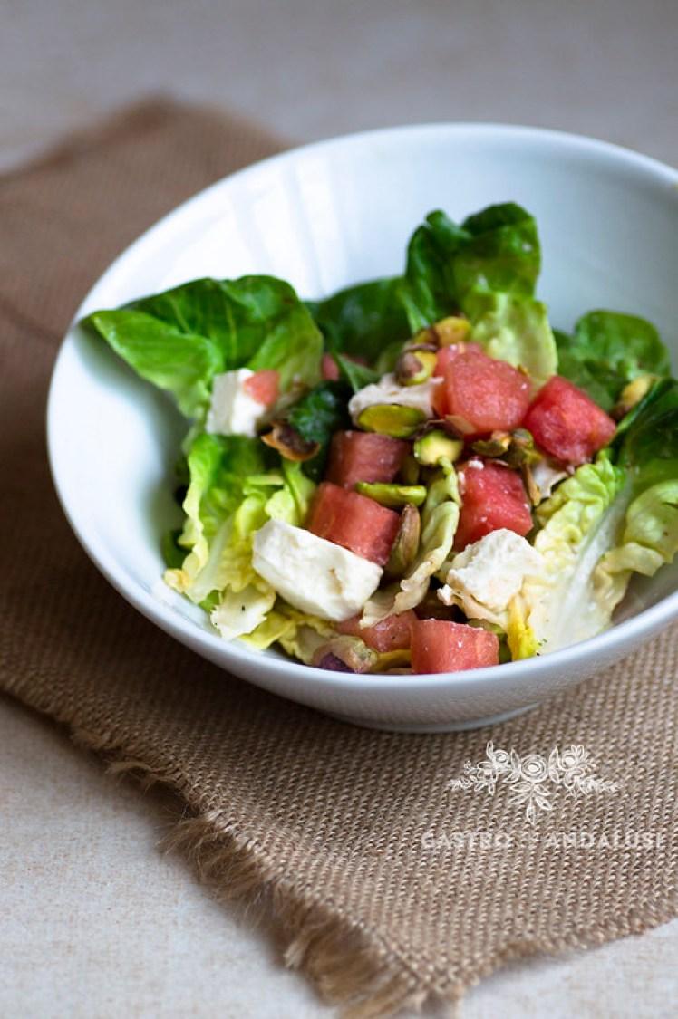 Salad Shaker Lekue ensalada de sandia, feta y pistachos