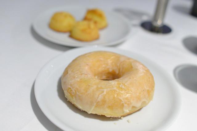 donut, macaroons