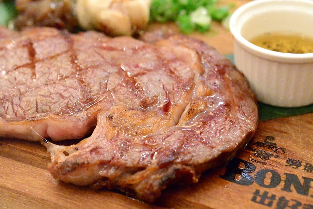Lawry's 勞瑞斯28天乾式熟成肋眼牛排與經典牛勒排還是這麼美味 - 隨裕而安