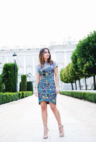 Tropical_Dress-The_Fifth_Label-Rounded_Sunnies-Outfit-Street_Style-1812