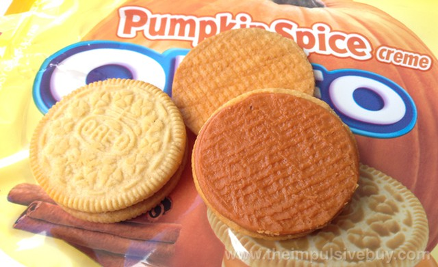 Nabisco Limited Edition Pumpkin Spice Oreo Closeup