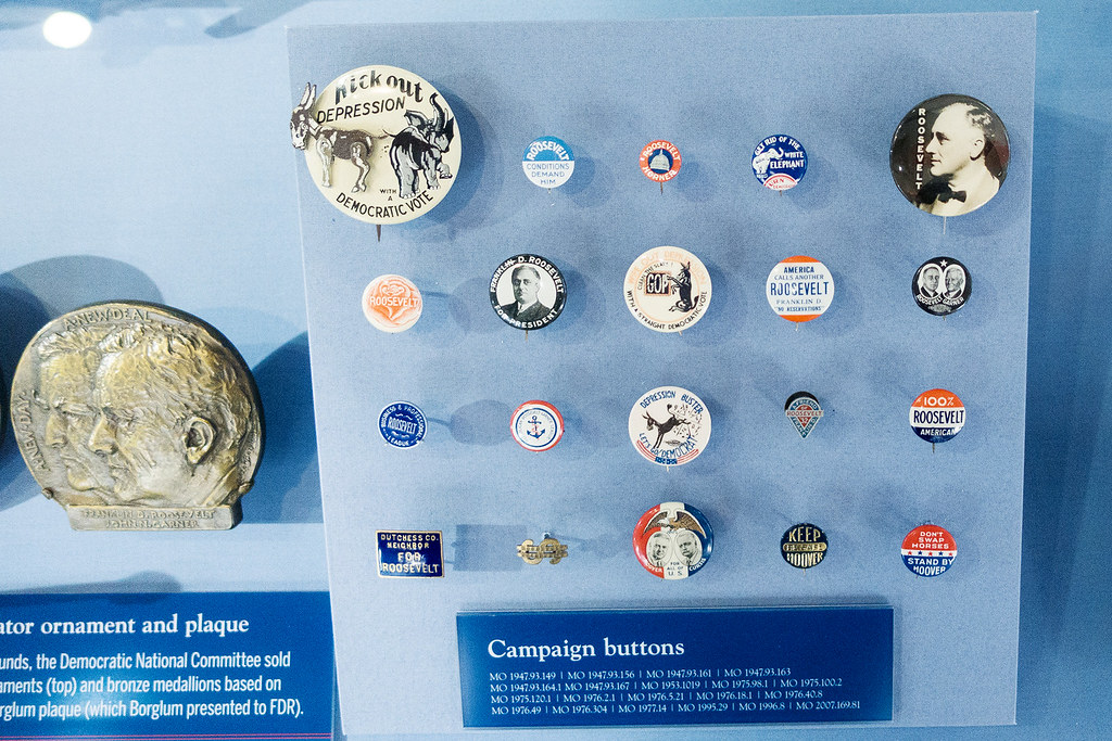 FDR campaign pins.