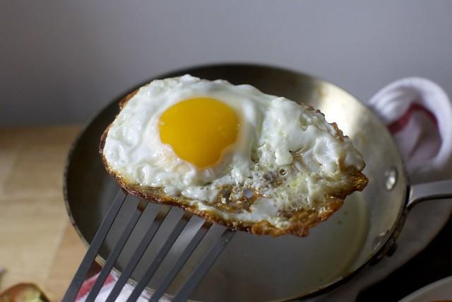 crispy egg, ta-da