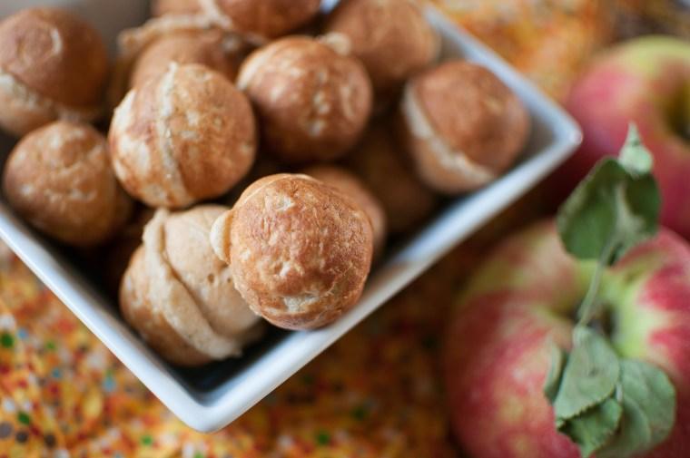 Healthy-ish Apple Doughnut Holes 8