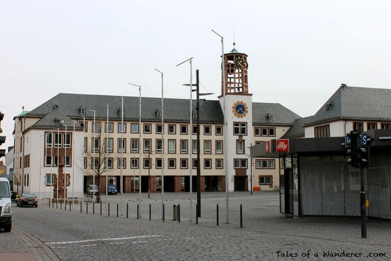 WORMS - Wormser Rathaus