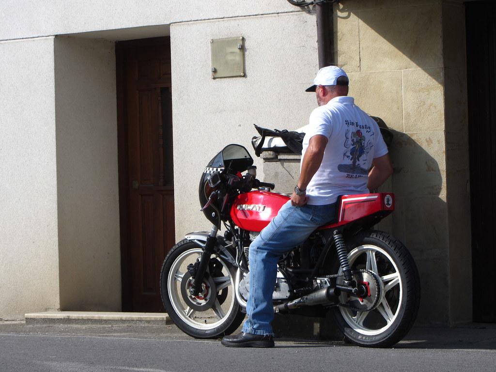 Desesperación cuando la moto no arranca