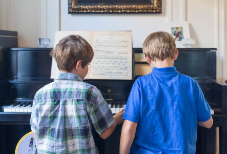 Piano Brothers