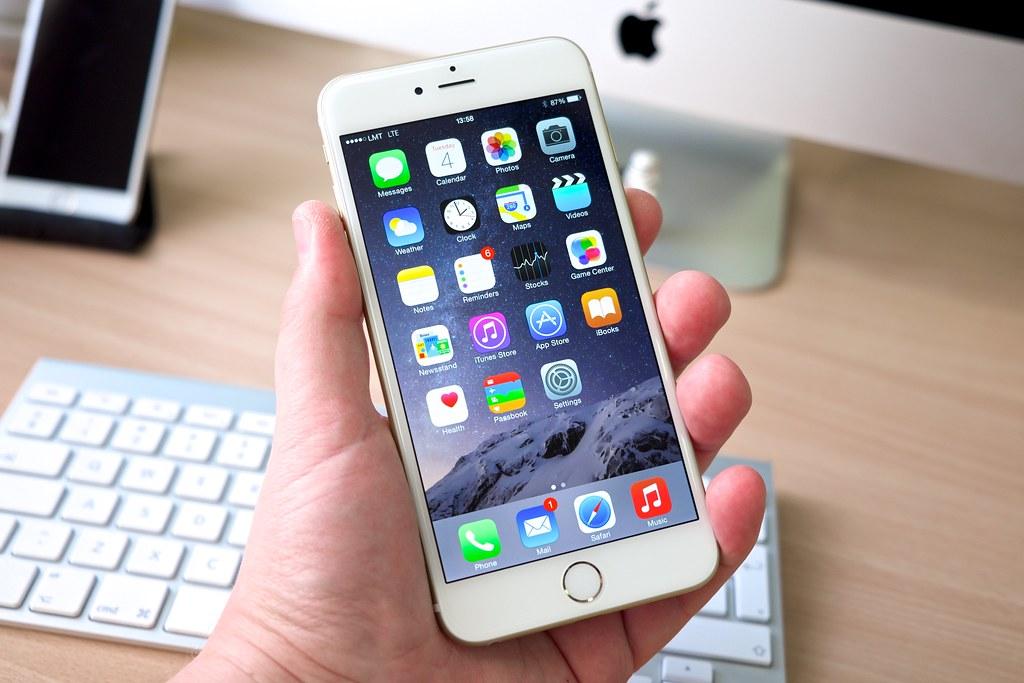 iPhoneのタッチパネルが反応しないときの対処法 | USEFuL NOTES