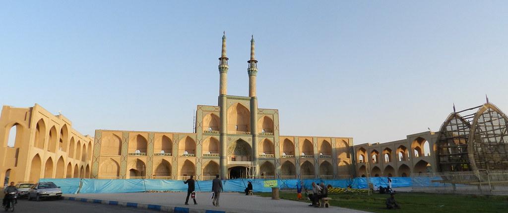 Mezquita y Plaza Amir Chakhmaq Yazd Iran 03
