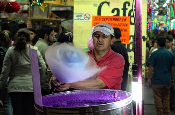 Cotton candy maker