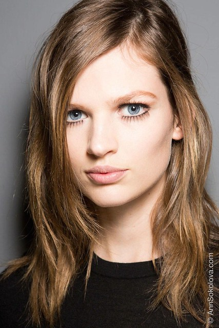 hbz makeup trends fw2014 mega lashes 01 Gucci bks Z RF14