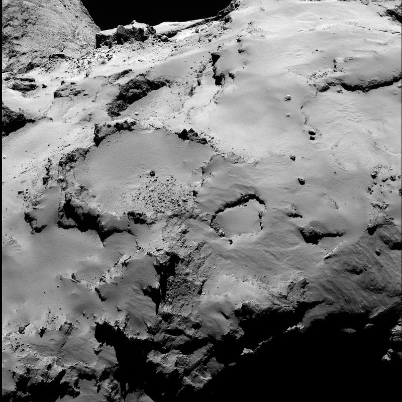 Philae's backup landing site from 30 km (a)