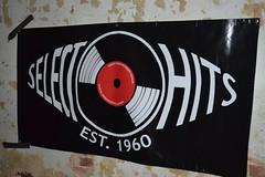 052 Select-O-Hits