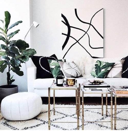 gold-coffee-table-morrocan-rug-3