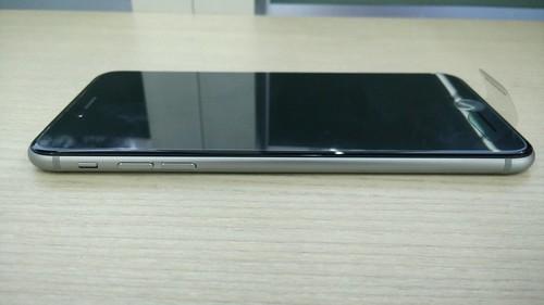 iPhone 6 Plus ด้านซ้าย