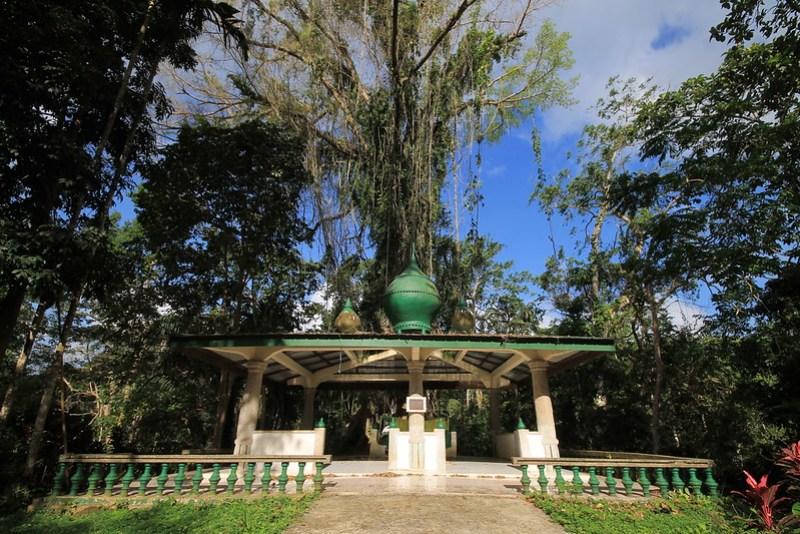 Rajah Baguinda Shrine