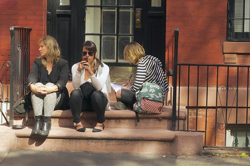 New York girls will wait for hours to see if a handsome guy walks past them on the street