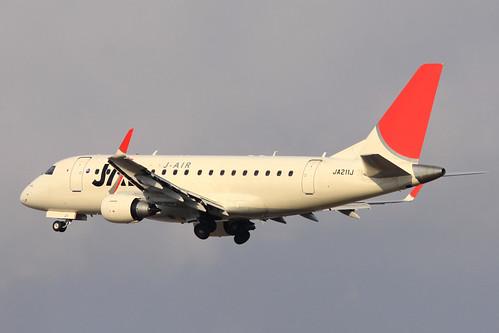 JAL Embraer170(JA211J)